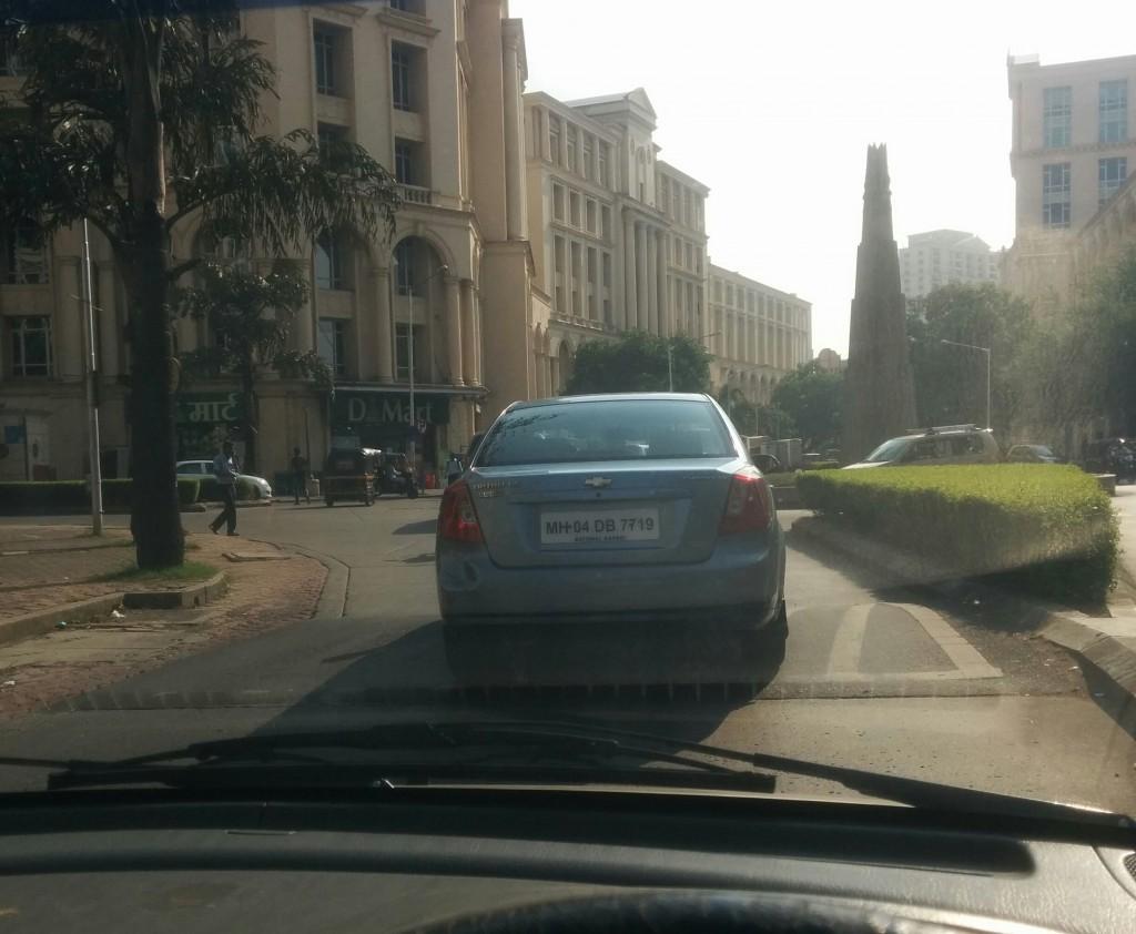 Hiranandani Central Avenue, D Mart ahead on the left