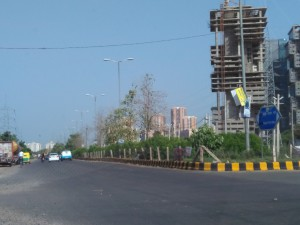 Commercial spaces under construction on Golf Course Extension Road