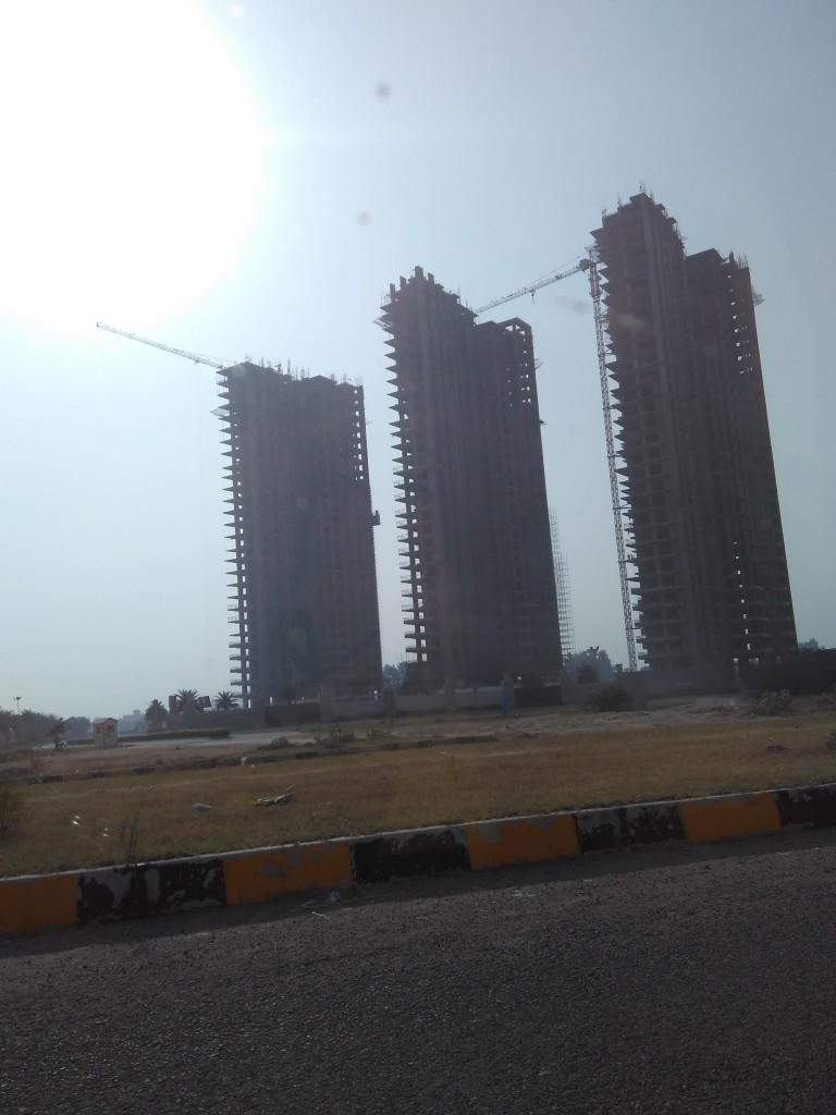 Puri's Emerald Bay Sector 104, Dwarka Expressway