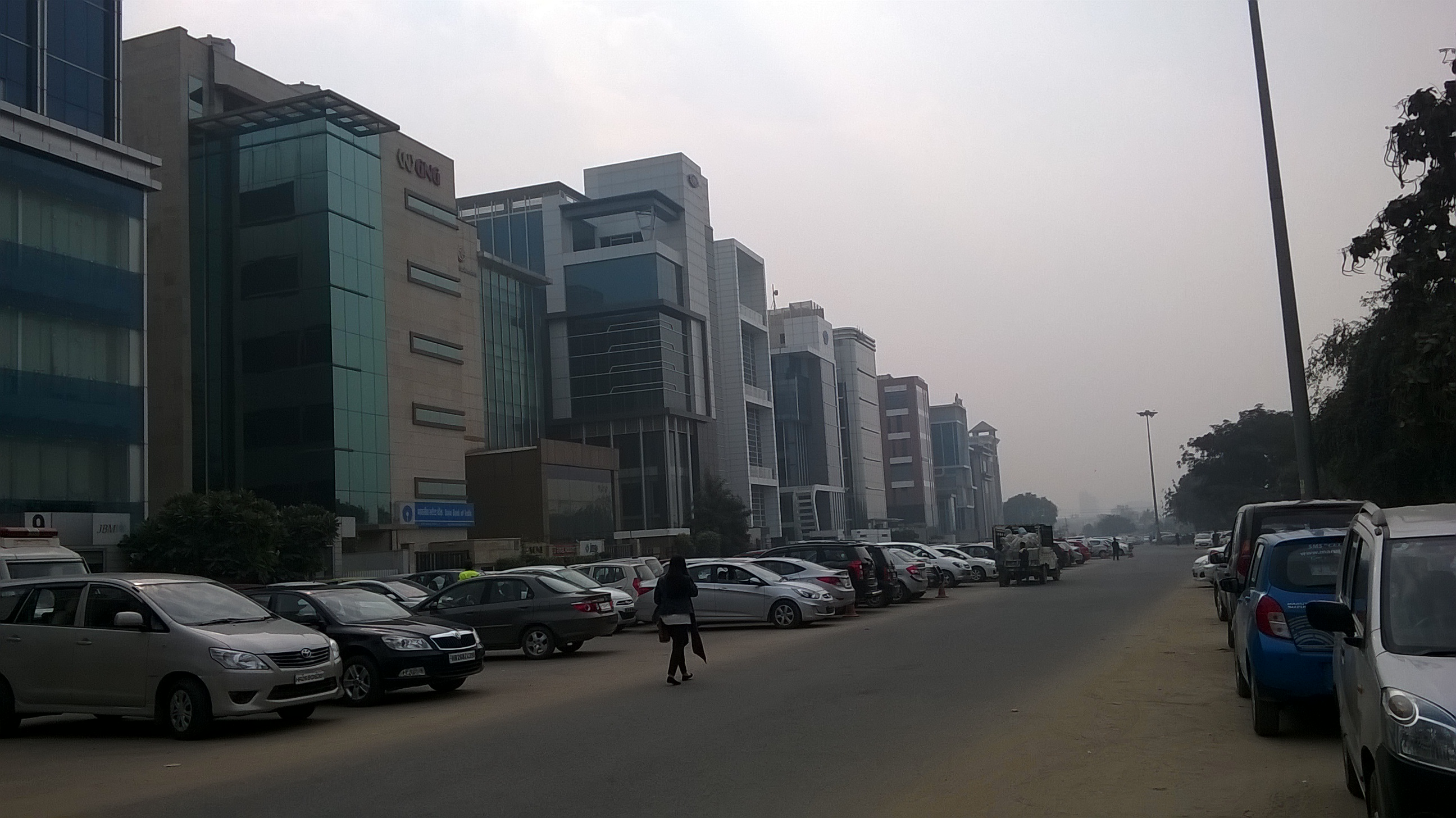 Commercial center Sector 43 Gurgaon