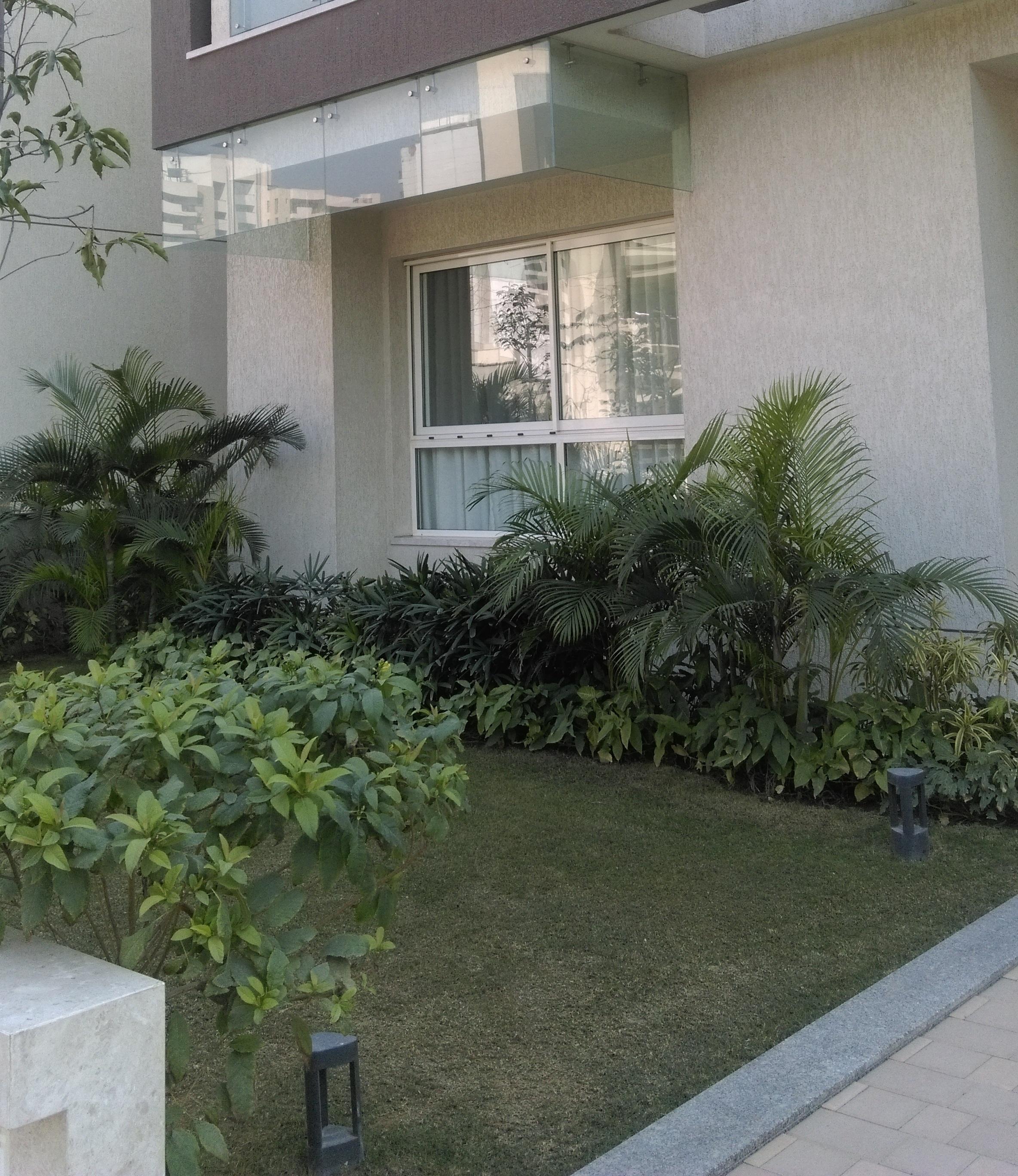 Front lawns at Sobha International City, Gurgaon