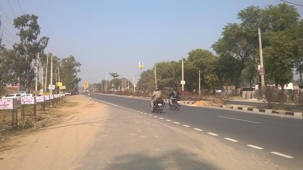 Sohna Road towards Gurgaon at Eldeco Acolade