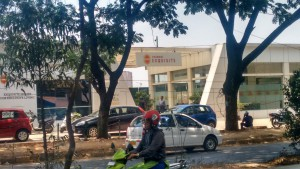 Sales office at the entrance of Vaswani Exquisite site