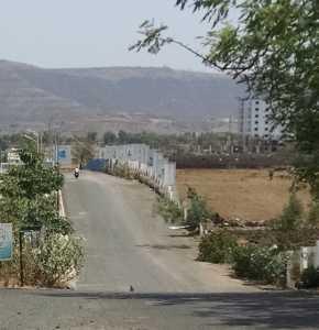 The road leading to Godrej Prana