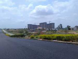Approach road built and maintained by Puravankara Group