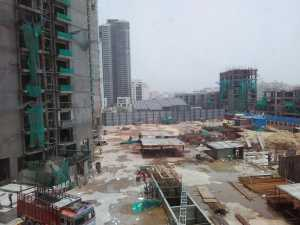 Fully mobilised construction site of TATA Primanti