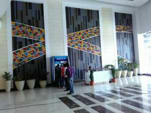 entrance-lobby-bestech-business-tower