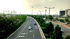 Noida - Greater Noida Expressway (Image Source: Wikipedia)