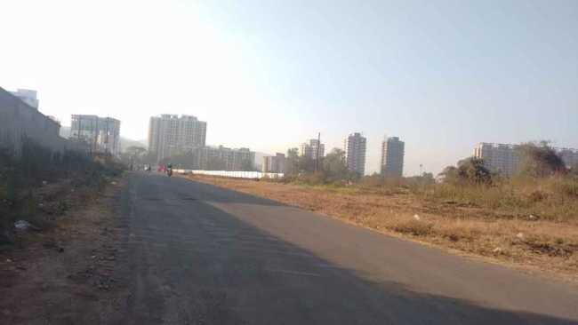 Approach road, Raunak Heights, Thane