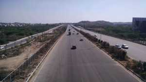 A view of the Outer Ring Road and its service road in Hyderabad