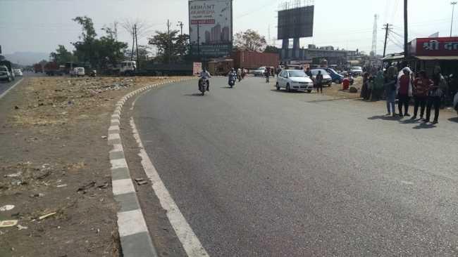 Intersection of the Mumbai-Pune and Mumbai-Goa highways at Palaspe Phata near Panvel