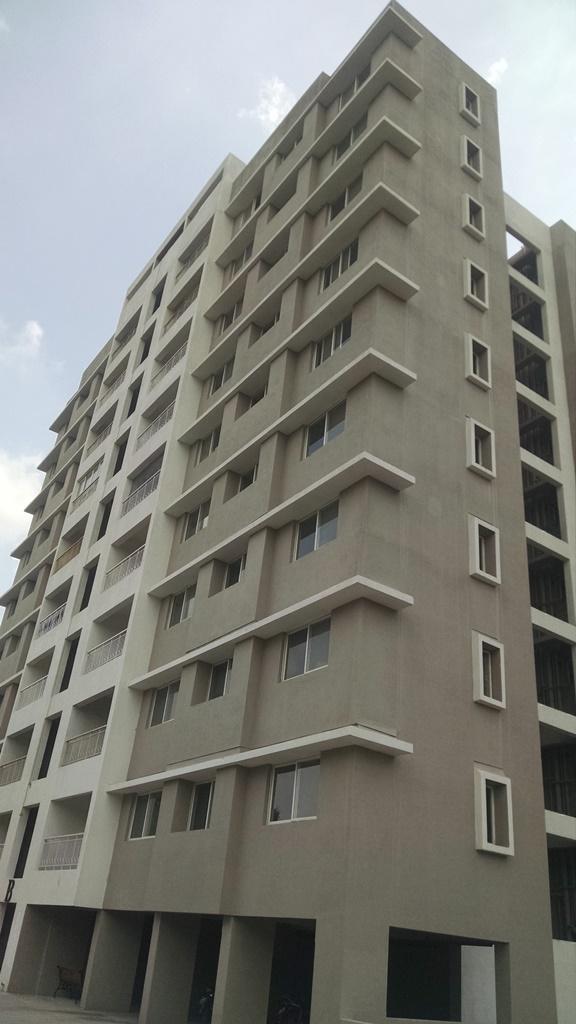 Apartment building at Vascon Xotech project in Hinjewadi, Pune