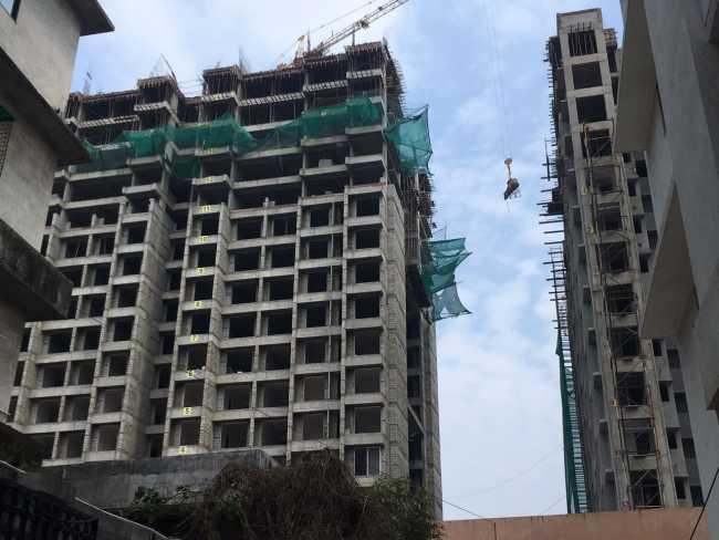 Ashar Sapphire: Building on the Left
